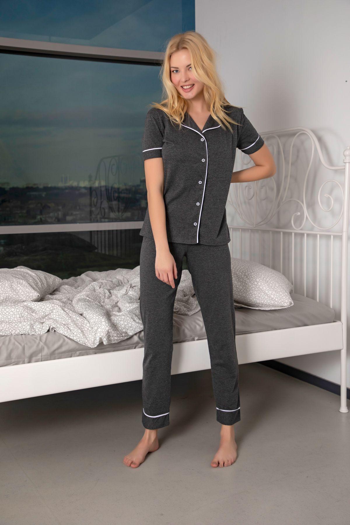 Kısa Kollu Pamuklu Likralı Düğmeli Biyeli Pijama Takım