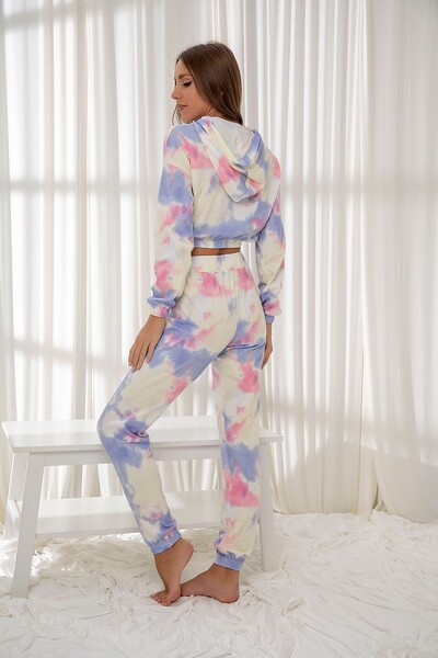 SIYAH İNCİ - Kapişonlu Batik Desenli Pamuklu Likrali Düğmeli Biyeli Pijama Takım