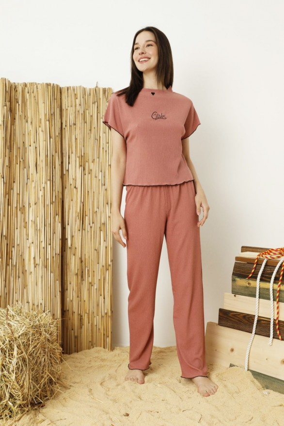SİYAH İNCİ - Koyusomon Krinkıl Kumaş Nakışlı Likralı Pijama Takım