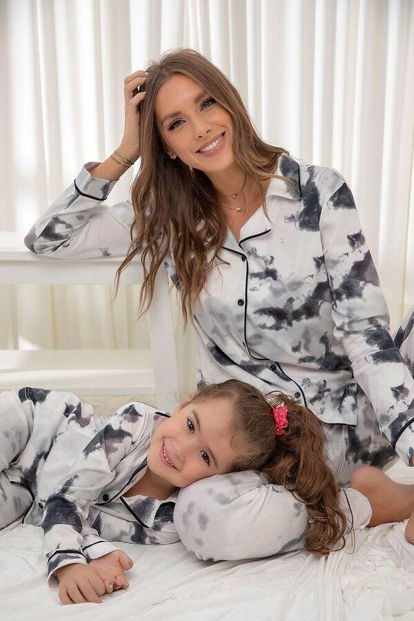 Pamuklu Likrali Batik Desenli Düğmeli Biyeli Pijama Takım