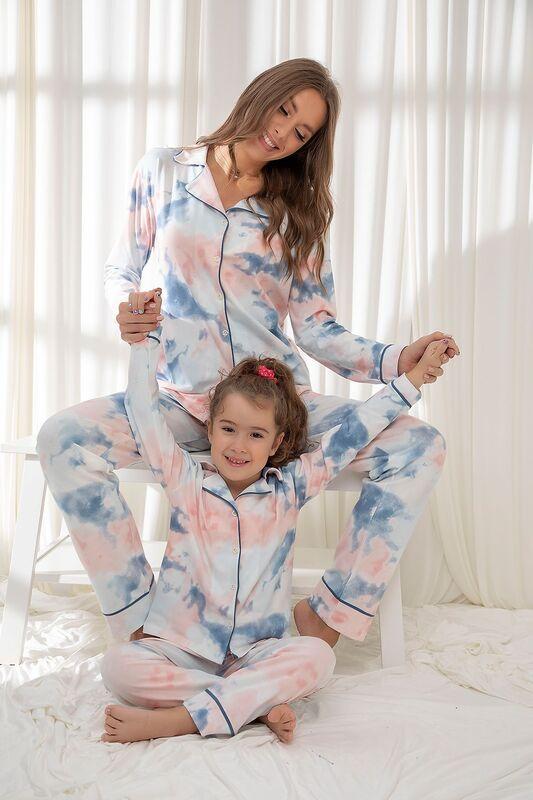 SİYAH İNCİ - Pamuklu Likrali Batik Desenli Düğmeli Biyeli Pijama Takım