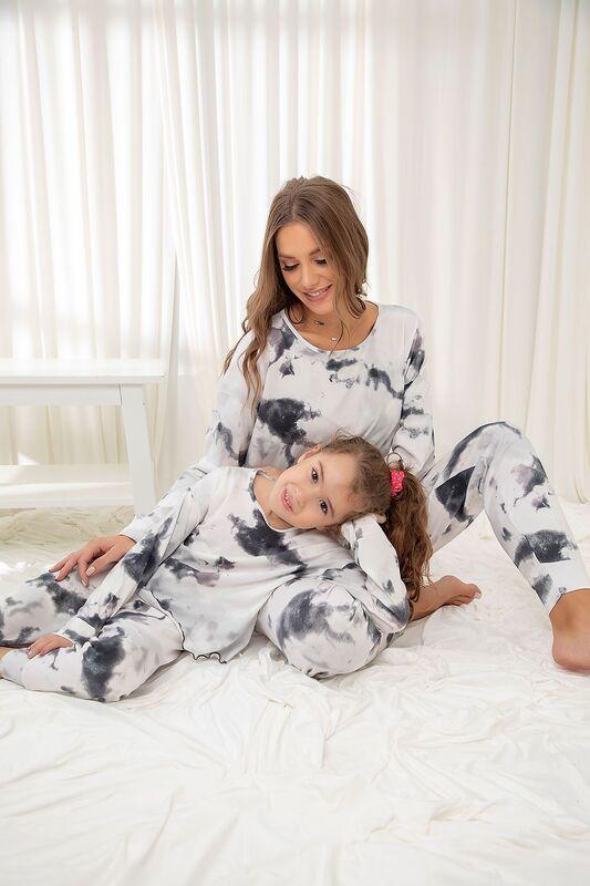 SİYAH İNCİ - Pamuklu Likrali Batik Desenli Pijama Takım