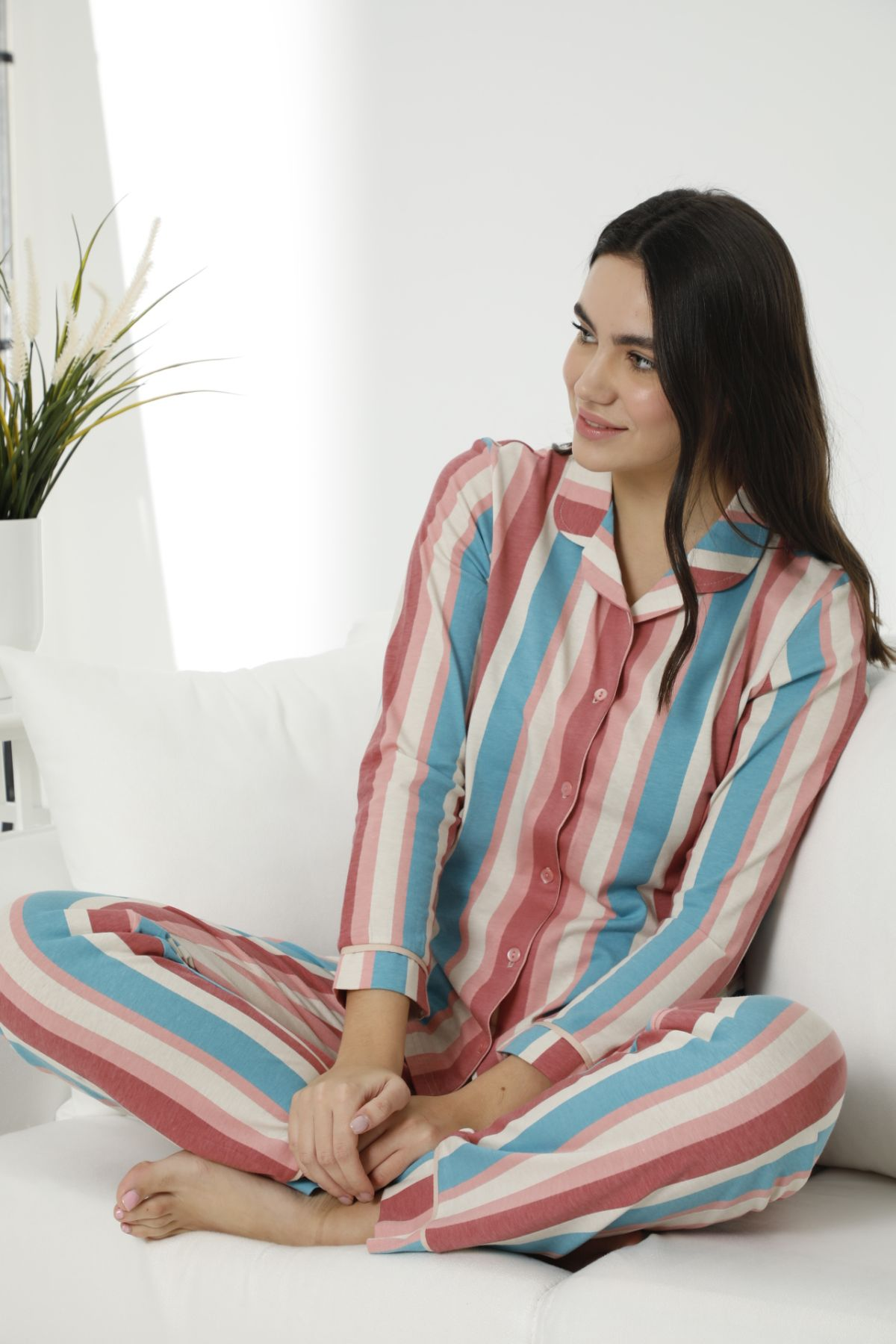 - Pamuklu Likralı Düğmeli Biyeli Pijama Takım 7478