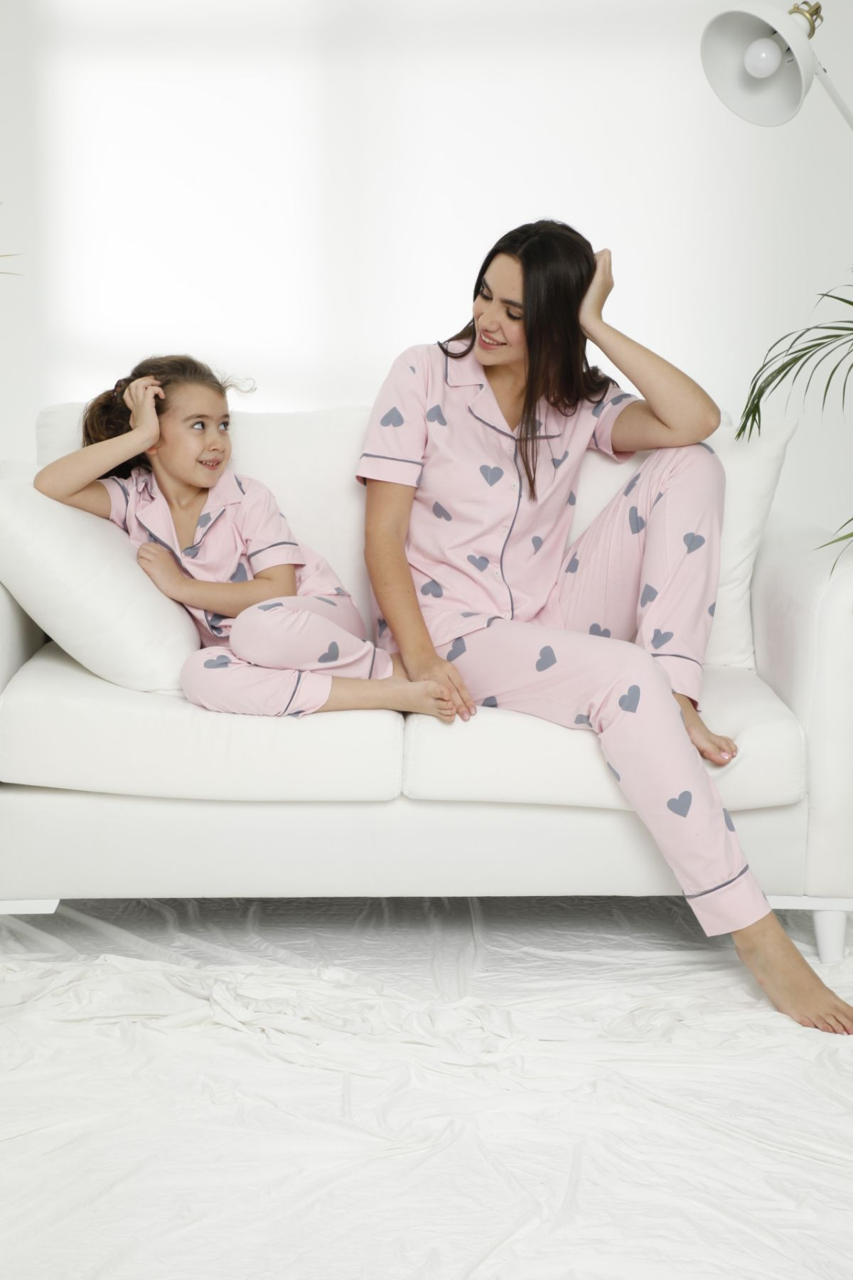 Pamuklu Likralı Düğmeli Pijama Takım 21155612